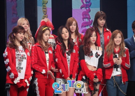 SNSD I got a Boy Comeback on SBS Inkigayo