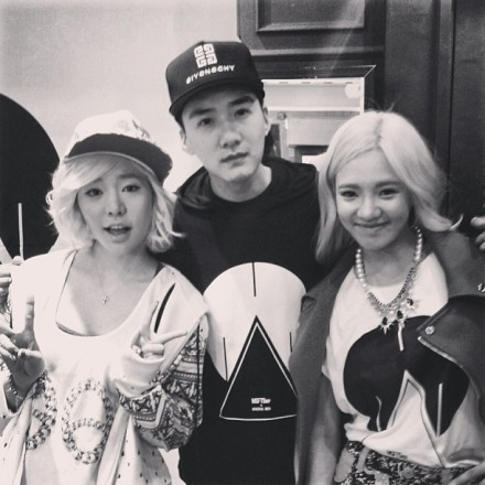 130508 Hyoyeon and Sunny with Brandon Zhuonan
