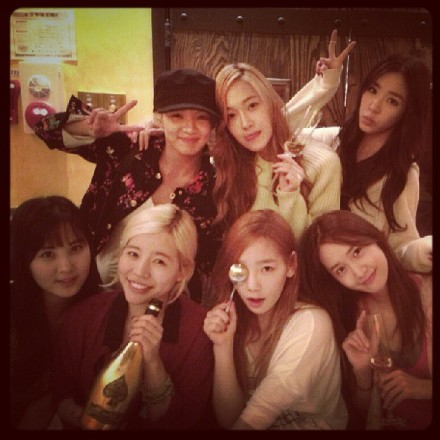 130516 SNSD celebrate Sunny's Birthday from Taeyeon's Instagram